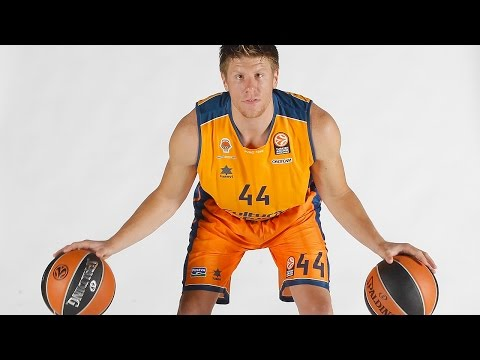 Steal of the night: Luke Harangody, Valencia Basket