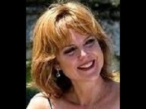 Tap along with Stairway to Paradise by George Gershwin.  Suzanne is very versatile and accepting of musical styles.