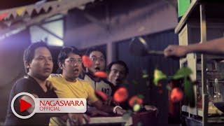 Wali Band - Yang Penting Halal (Official Music Video NAGASWARA) #music