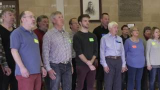 Leading a community choir rehearsal using the Voiceworks approach