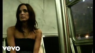 Chantal Kreviazuk - Wonderful (VIDEO shot on Nokia handset)