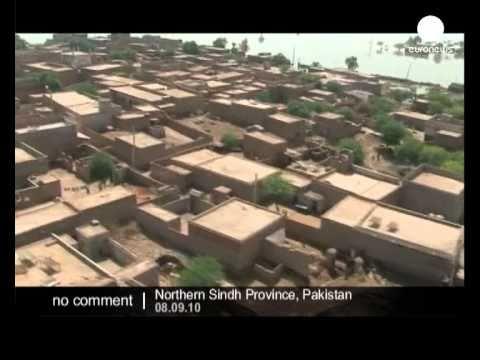 فيضانات باكستان .توزيع المساعدات