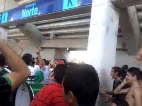 """""""Hinchada de san martin  en el vicentenario"""" Barra: La Banda del Pueblo Viejo • Club: San Martín de San Juan"""