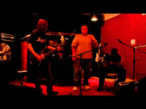 EndFew feat. Joey Binky- Running (Demo)