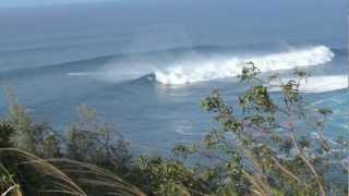 preview picture of video 'Surfing Jaws in Haiku, Hawaii'