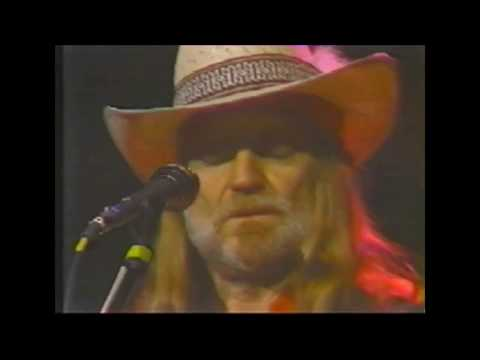 Willie Nelson live at Budokan 1984 - Angel flying too close to the ground