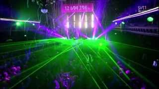Avicii feat. Aloe Blacc - Wake Me Up - LIVE @Berns [HD]