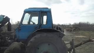 Соединяем  МТЗ(ремонт коропки).Чуть не уронили трактор!!!