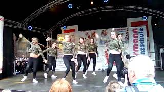 257ers feat. Captain Jack - AKK & FEEL IT (Official Video) 017212220