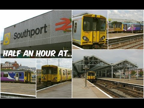 Diesel & Electric Multiple Units at Southport Station 22nd J…