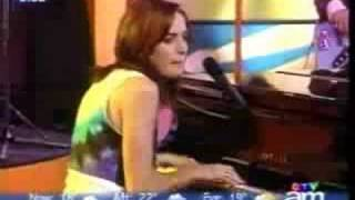 Chantal Kreviazuk - All I Can Do (Live)