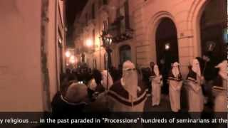 preview picture of video 'Processione di CHIETI 2013-SOLENNE STORICA PROCESSIONE Venerdì Santo'