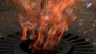 Прошла торжественная церемония зажжения факела у мемориального комплекса «Вечный Огонь Славы»