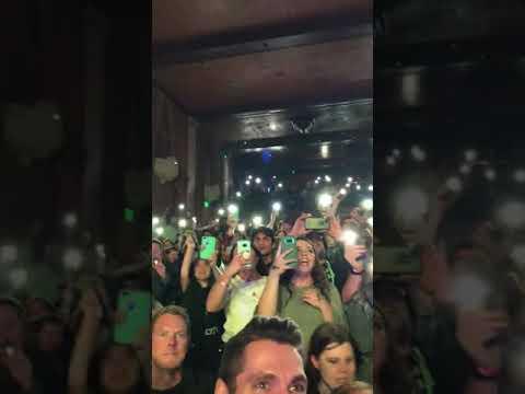 Owl City live, Cinematic Tour - Fireflies - смотреть онлайн