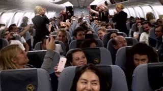 Download Youtube: voXXclub Flashmob an Bord von Condor