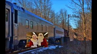 Santa Claus Is Comin' (In A Boogie Woogie Choo Choo Train) - Tractors