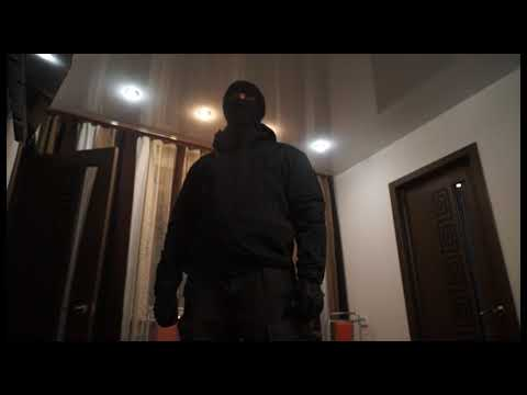 Крупную партию наркотиков изъяли полицейские в столице Приморья