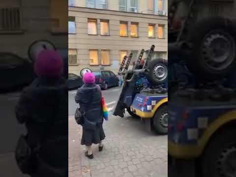 Kasia nasza Polska Babcia musiała dać upust swoim emocjom 🙂