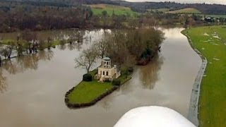 preview picture of video 'Henley Flood 2012'