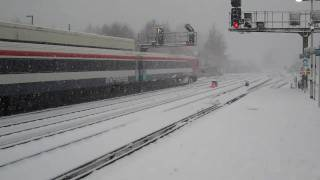 preview picture of video 'Redhill in the snow December 2010'