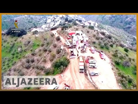 🇪🇸 Spain rescuers struggle to reach two-year-old who fell in well | Al Jazeera English
