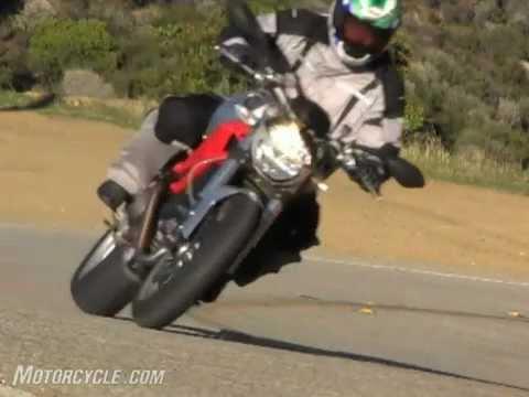 Church of MO: Ducati Monster 1100 Vs Harley-Davidson XR1200