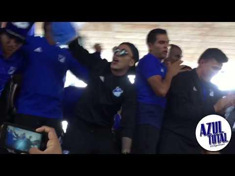 """""""Recibimiento de Millonarios luego de coronarse campeón de la SuperLiga Águila"""" Barra: Comandos Azules • Club: Millonarios • País: Colombia"""