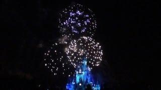 Holiday Wishes Fireworks At Disney Worlds Magic Kingdom
