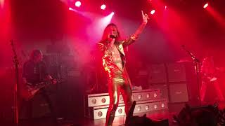 THE Darkness - Barbarian, live in Wien, 12.11.2017
