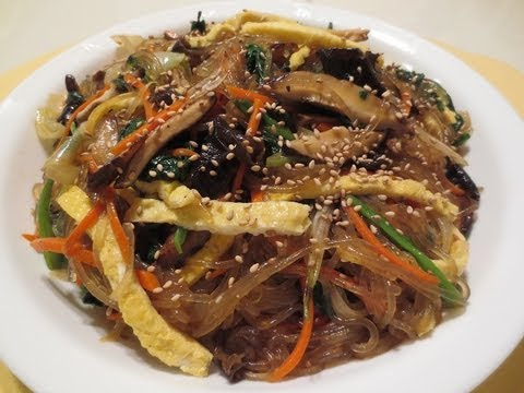 How To Make JAPCHAE 잡채! (Korean Noodles W/ Mixed Vegetables)