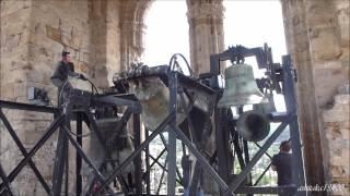preview picture of video 'Cathédrale Saint Fulcran à Lodève -  Volée manuelle des cloches 6, 4, 3, 2 & 1'