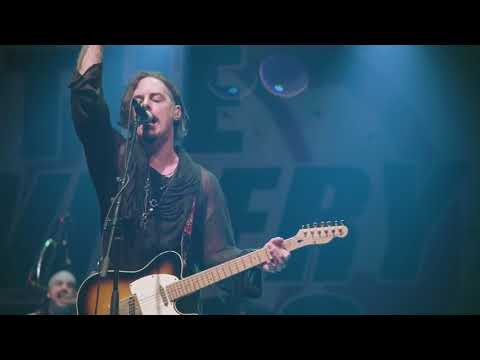 The Winery Dogs - Captain Love - Live In Santiago Chile