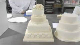 Тортики, EXCLUSIVE VIDEO!! THE ROYAL WEDDING CAKE OF THE YEAR 2011!