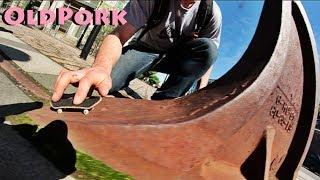 OldPork (Outdoor Fingerboarding)