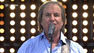 Chris de Burgh - Hold On (I'm on my Way) / Don't Pay The Ferryman (ZDF-Fernsehgarten - 2017-05-28)