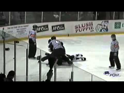 Derek Sheppard vs. Brandon Vuic