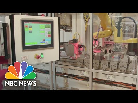 America Faces Skilled Labor Shortage Amid Pandemic-Accelerated Automation Boom | NBC News NOW