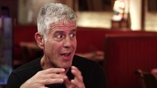 Anthony Bourdain find Chicago's perfect bar