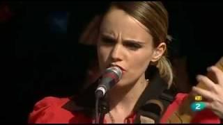 ANNA CALVi - Suzanne & I. (Madrid, 18/6/11)