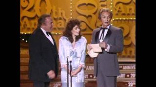 The Judds Win Top Vocal Duet - ACM Awards 1985