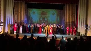"""Me duartrokitjet e parreshtura te publikut mbyllet nata e sotme e shfaqjes """"La Traviata"""""""