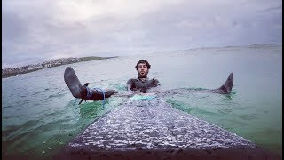 Surfing ALONE in Fistral, Newquay (Vlog #95)