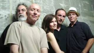 10,000 Maniacs - Shining Light