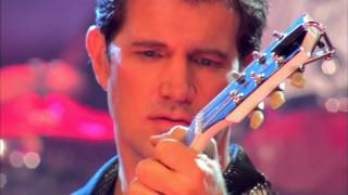 CHRIS ISAAK -  Live In Concert.  p. s . RAUL MALO