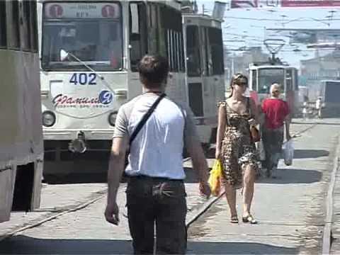 Автомобилисты заплатили за простой трамваев