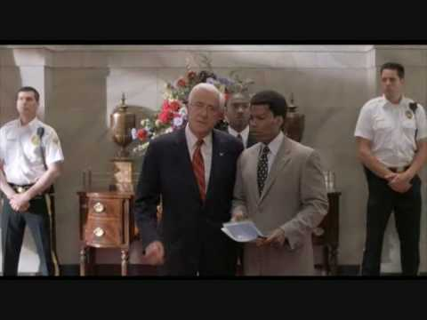 Leslie Nielsen è il presidente degli Stati Uniti