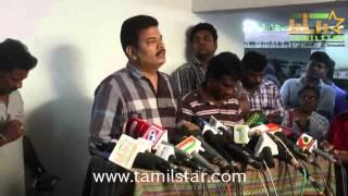 Celebrities paid homage to K Balachander Clip 7