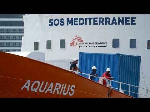 Charities slam Italy as migrant ship's registration revoked