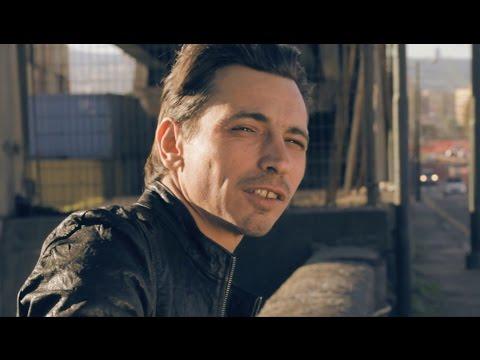 Francesco Di Bella feat.99Posse AZIZ (Official Video)