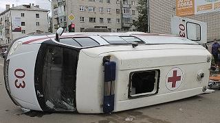 Скорая помощь - подборка Аварий и ДТП, с участием автомобилей скорой помощи